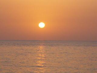2004/5/5 鯵ヶ沢町大和田海岸の夕陽
